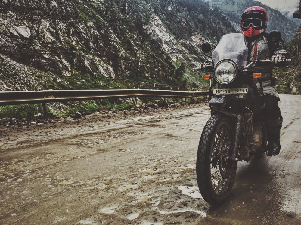 bell-helmets-himalayan-charity-ride